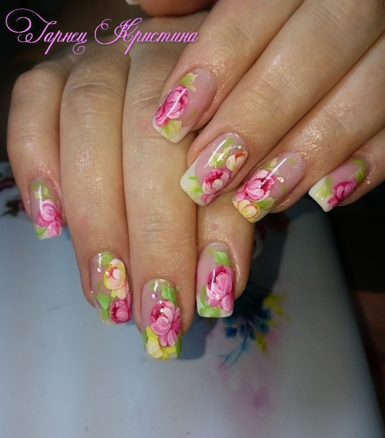Цветочный дизайн ногтей фото